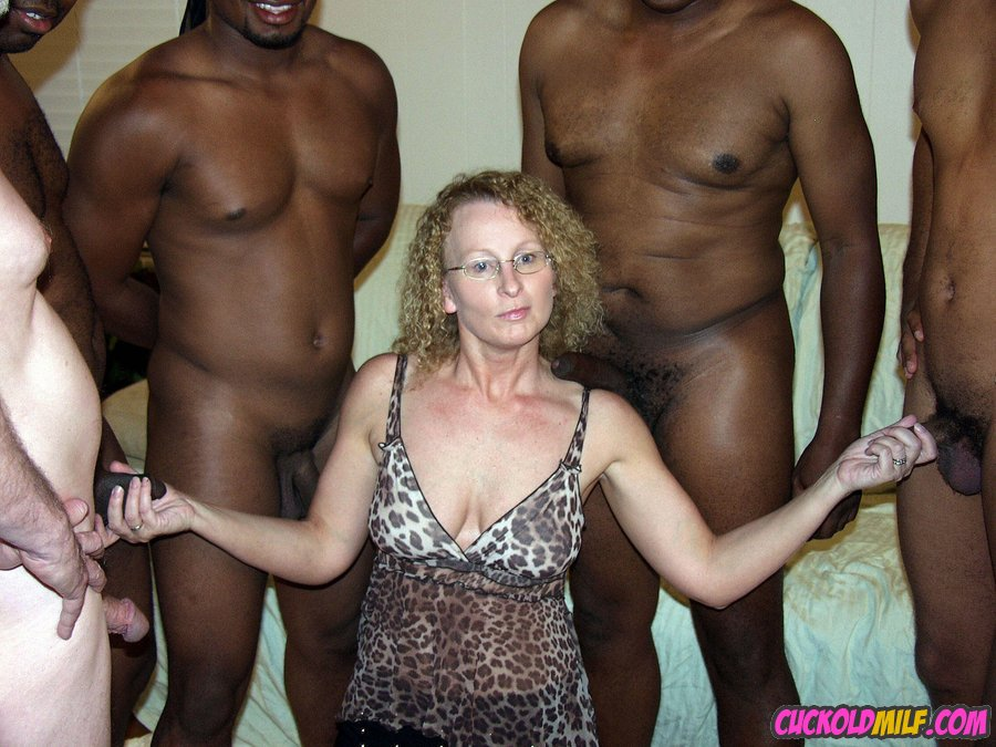 WELCOME TO BEST AMATEUR CUCKOLD MILF ACTION SITE - I'M CUCKOLD MILF ...